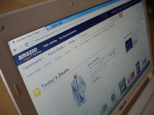 Amazon y AliExpress son dos de las plataformas de compra online más usadas en el mundo. Unirte a sus programas de afiliados es una excelente idea!